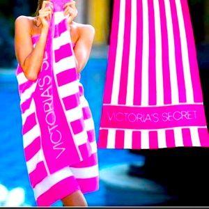 NWT Victoria's Secret Limited Edition Beach Towel